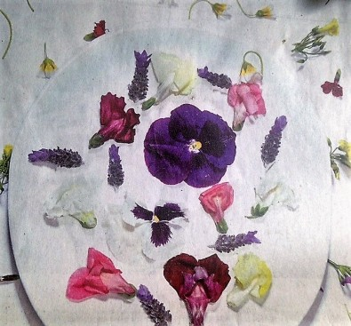 Edible Flowers Class image-1